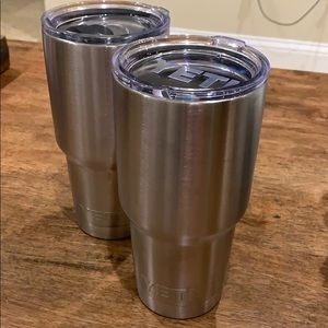 Pair of Yeti 30oz Stainless Steel Tumblers
